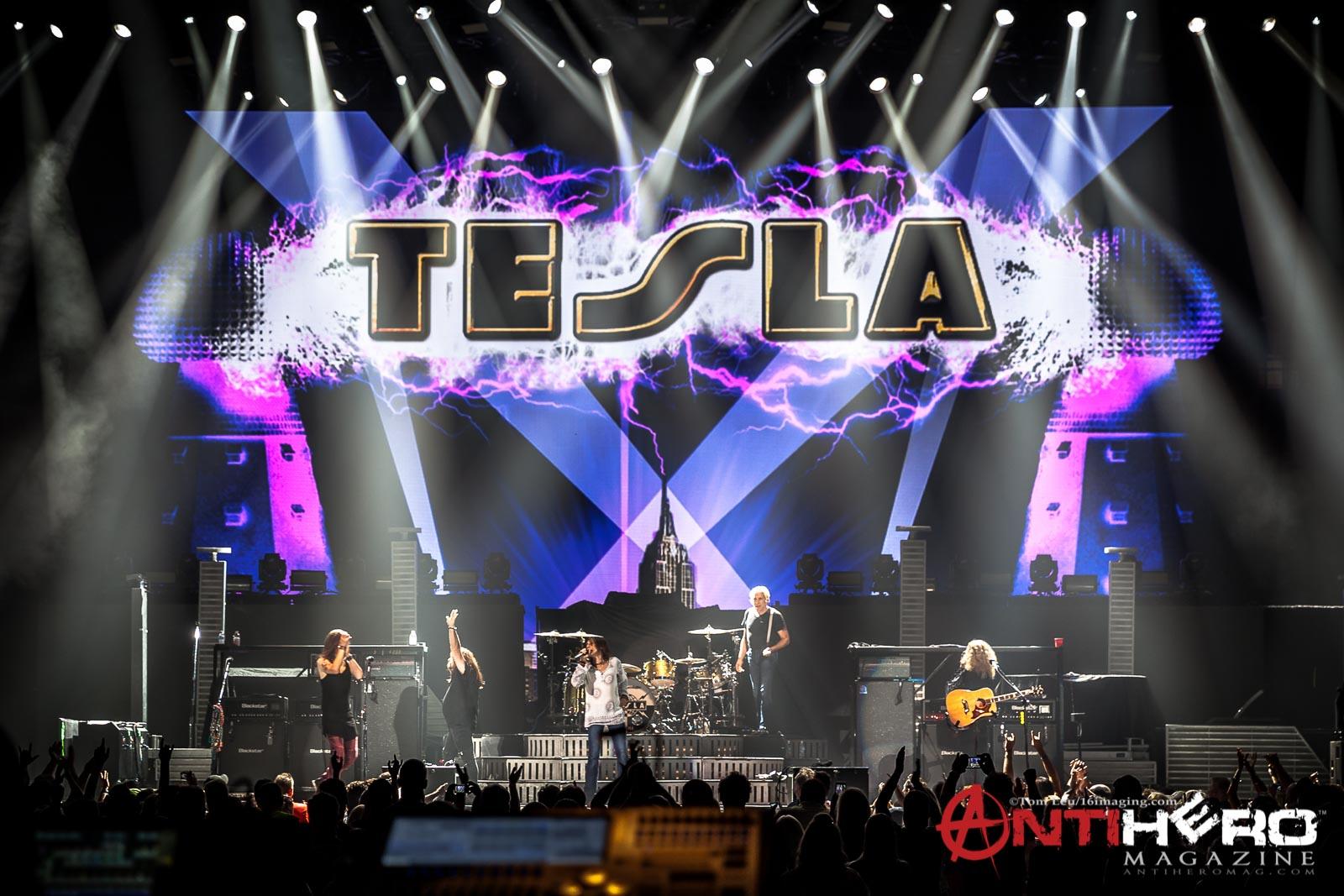 Tesla_Band